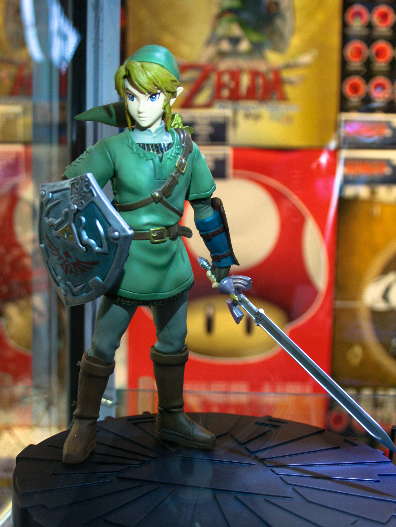 PAX Aus - Melbourne 2014 - Link Figure at Kings Comics
