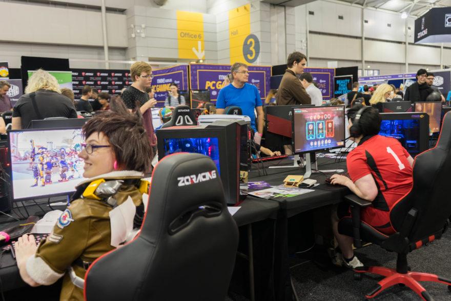 Supanova - Brisbane 2017 - Overwatch gaming area