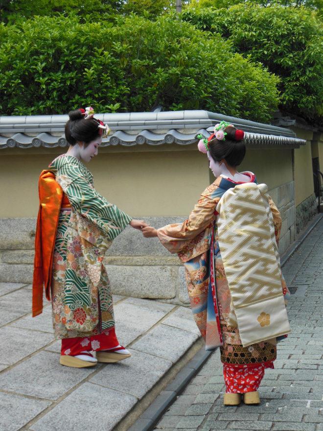 Japan Trip 2013 - Geisha in the Higashiyama district in Kyoto
